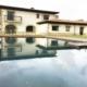 piscina en casa rural con tarima de madera (4)